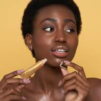 Odżywcze serum olejowe do ust z 24-karatowym złotem